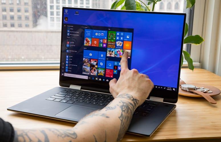 Best 2 in 1 laptops under 700